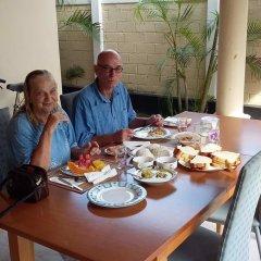 Отель Serendib Guest House питание фото 3