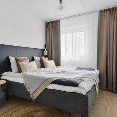 Отель Forenom Aparthotel Stockholm Flemingsberg комната для гостей