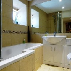 Апартаменты Ei8ht Brighton Apartments - Guest house ванная фото 2