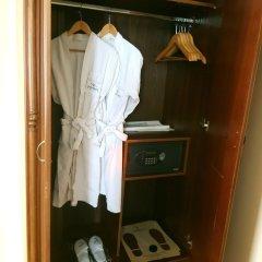 Madisson Hotel сейф в номере