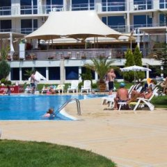 Отель Complex Atlantis Resort бассейн