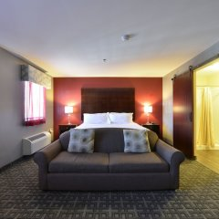 Отель HolmeSuites Columbus Airport/DLA США, Колумбус - отзывы, цены и фото номеров - забронировать отель HolmeSuites Columbus Airport/DLA онлайн комната для гостей фото 5