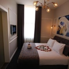 Hotel Naumpasa Konagi сейф в номере