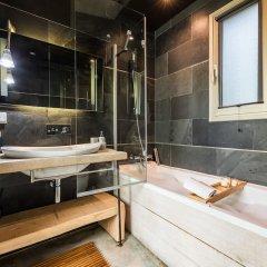Отель Villa Borobil Heated Pool and Garden Испания, Сан-Себастьян - отзывы, цены и фото номеров - забронировать отель Villa Borobil Heated Pool and Garden онлайн ванная