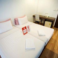 Отель Nida Rooms Saladaeng 130 Silom Walk Бангкок комната для гостей