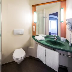 Отель Ibis Centre Gare Midi Брюссель ванная