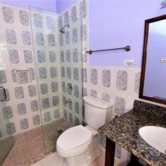Отель Thomas House Nine Bedroom Villa ванная