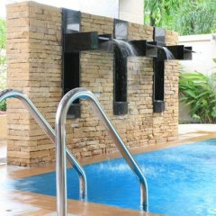 Отель Thomson Residence Бангкок бассейн