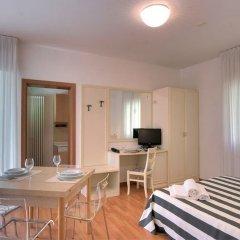 Отель Residence Divina Италия, Римини - отзывы, цены и фото номеров - забронировать отель Residence Divina онлайн комната для гостей фото 2