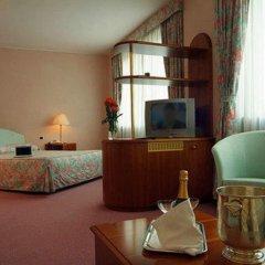 Отель Hostellerie Du Cheval Blanc Аоста удобства в номере фото 2