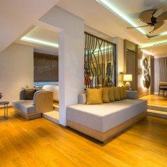 Отель Crest Resort & Pool Villas интерьер отеля