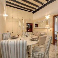 Отель Holiday-in Trevi в номере фото 2