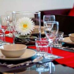 Отель Queens Service Suite at Swiss Garden residence Малайзия, Куала-Лумпур - отзывы, цены и фото номеров - забронировать отель Queens Service Suite at Swiss Garden residence онлайн питание