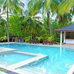 Отель Crown Monarch Diyamankada Nature Resort бассейн фото 2