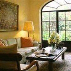 Отель Trocadero Suites Мексика, Гвадалахара - отзывы, цены и фото номеров - забронировать отель Trocadero Suites онлайн интерьер отеля фото 2