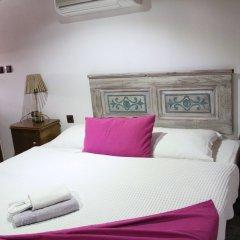 Bergama Tas Konak Турция, Дикили - 1 отзыв об отеле, цены и фото номеров - забронировать отель Bergama Tas Konak онлайн комната для гостей фото 3