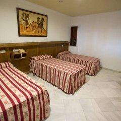 Отель Quitagolpe Испания, Херес-де-ла-Фронтера - отзывы, цены и фото номеров - забронировать отель Quitagolpe онлайн комната для гостей фото 2