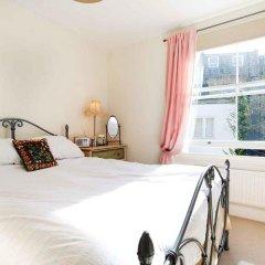 Отель Veeve Light And Open 2 Bed House Moore Park Road Fulham комната для гостей фото 2