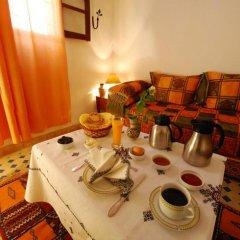 Отель Riad dar Chrifa Марокко, Фес - отзывы, цены и фото номеров - забронировать отель Riad dar Chrifa онлайн в номере фото 2