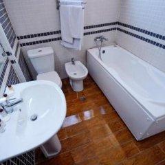 Отель Lubjana Албания, Тирана - отзывы, цены и фото номеров - забронировать отель Lubjana онлайн ванная фото 2