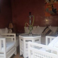 Отель Riad Sadaka сейф в номере