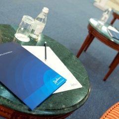 Гостиница Рэдиссон САС Астана Казахстан, Нур-Султан - 8 отзывов об отеле, цены и фото номеров - забронировать гостиницу Рэдиссон САС Астана онлайн бассейн фото 2
