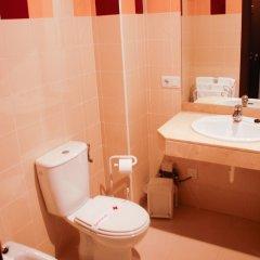 Отель El Capricho Испания, Когольос - отзывы, цены и фото номеров - забронировать отель El Capricho онлайн ванная фото 2