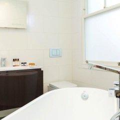 Отель Native Leicester Square ванная фото 2