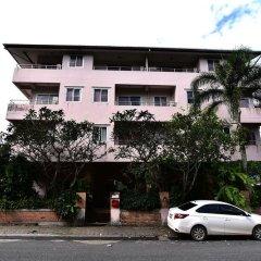 Отель J2 Mansion парковка