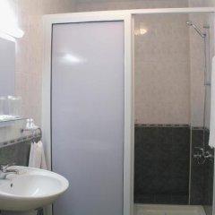 Druzhba Hotel ванная фото 2
