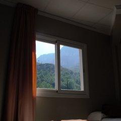 Отель Hostal Guilleumes комната для гостей фото 3