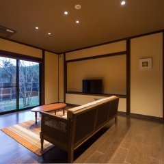 Отель Ryokan Miyama Sansou Минамиогуни комната для гостей фото 2