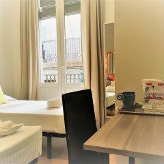 Отель La Palmera Hostal Барселона удобства в номере фото 2