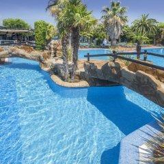 Отель Camping Solmar Испания, Бланес - отзывы, цены и фото номеров - забронировать отель Camping Solmar онлайн бассейн фото 3