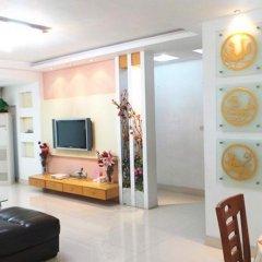 Апартаменты Shenzhen Huijia Apartment комната для гостей фото 5
