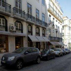 Отель Traveling To Lisbon Chiado Apartments Португалия, Лиссабон - отзывы, цены и фото номеров - забронировать отель Traveling To Lisbon Chiado Apartments онлайн парковка