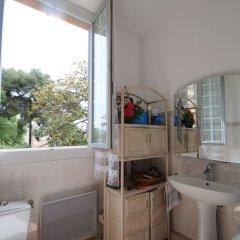 Отель Résidence Estienne d'Orves ванная фото 2
