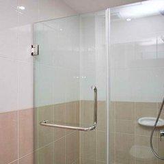 Апартаменты Emerald Palace Serviced Apartment Паттайя ванная фото 2