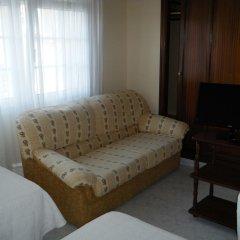 Отель Hostal As Viñas комната для гостей фото 2