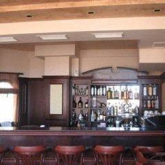 Отель Villas & SPA at Pamporovo Village гостиничный бар