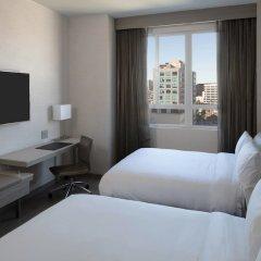 Отель AC Hotel by Marriott Beverly Hills США, Лос-Анджелес - отзывы, цены и фото номеров - забронировать отель AC Hotel by Marriott Beverly Hills онлайн комната для гостей фото 4