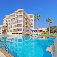 Отель Bay View Apartment Кипр, Протарас - отзывы, цены и фото номеров - забронировать отель Bay View Apartment онлайн бассейн