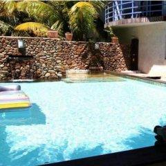 Отель Residence Les Cocotiers Французская Полинезия, Папеэте - отзывы, цены и фото номеров - забронировать отель Residence Les Cocotiers онлайн бассейн фото 2