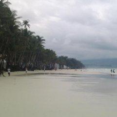 Отель Amigos Beach Resort Филиппины, остров Боракай - отзывы, цены и фото номеров - забронировать отель Amigos Beach Resort онлайн пляж