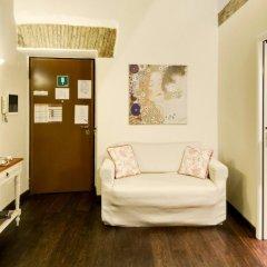 Отель Sweetly Home Roma Италия, Рим - отзывы, цены и фото номеров - забронировать отель Sweetly Home Roma онлайн комната для гостей фото 5