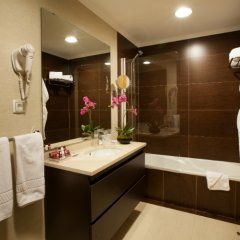 Luna Hotel Zombo ванная фото 2