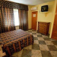 Отель Hostal Puerta de Monfragüe комната для гостей фото 5