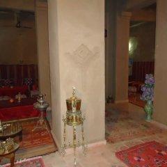 Отель Riad Tagmadart Ferme D'hôte Марокко, Загора - отзывы, цены и фото номеров - забронировать отель Riad Tagmadart Ferme D'hôte онлайн интерьер отеля