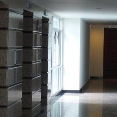 Отель The Art @ Patong By Naresh интерьер отеля