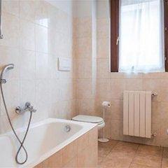 Отель Cottolengo Италия, Милан - отзывы, цены и фото номеров - забронировать отель Cottolengo онлайн ванная фото 2